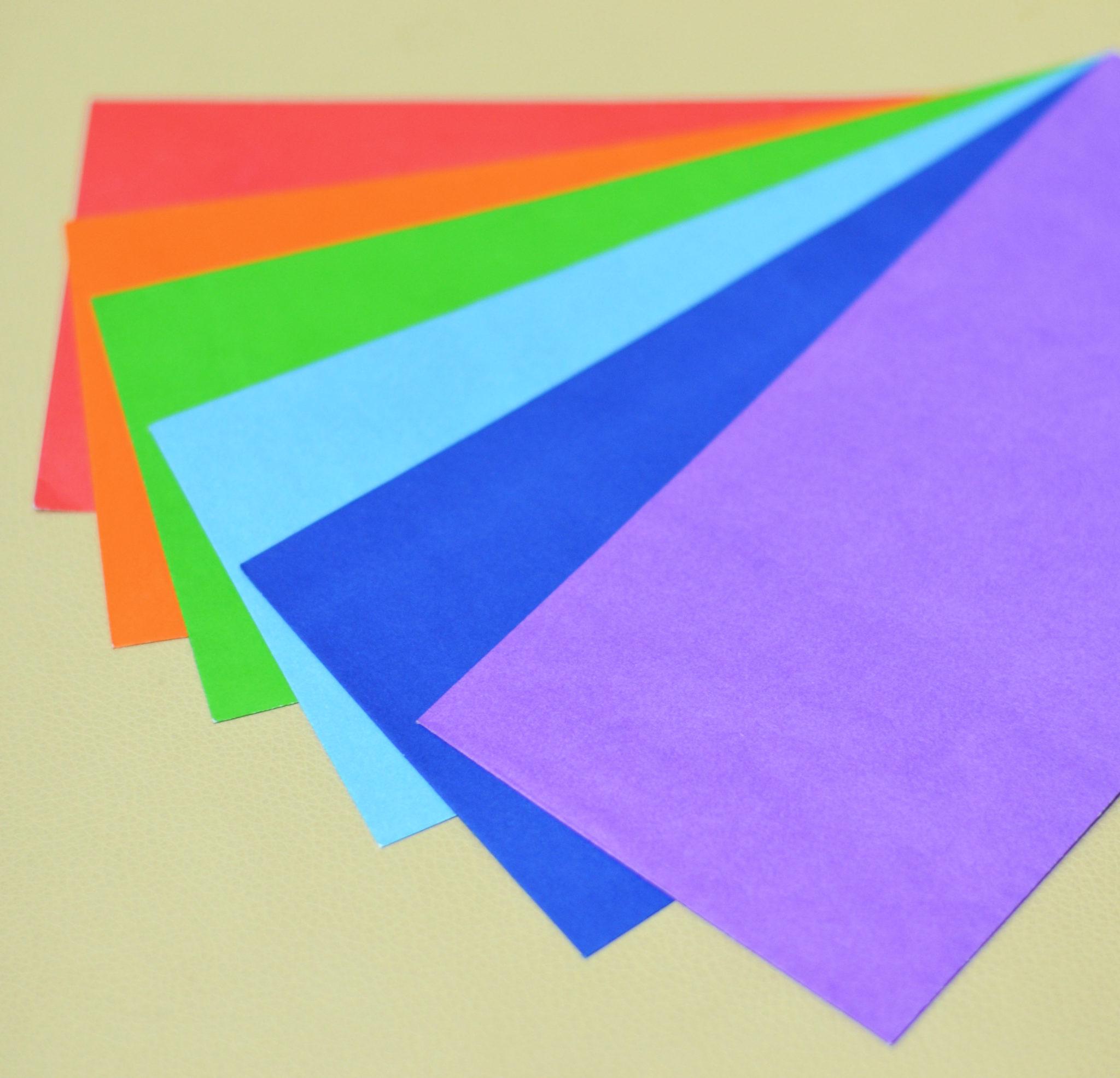 Виды и особенности фирменных конвертов